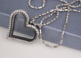 China Crystal Diamond Love Heart Shaped Locket Necklace Customized Size Fashion Style supplier